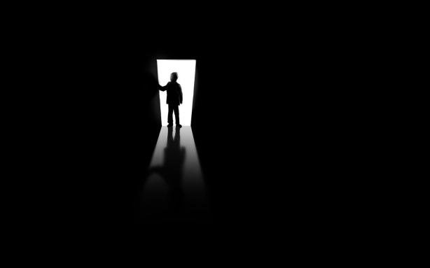 Dark_Room_by_ikiz